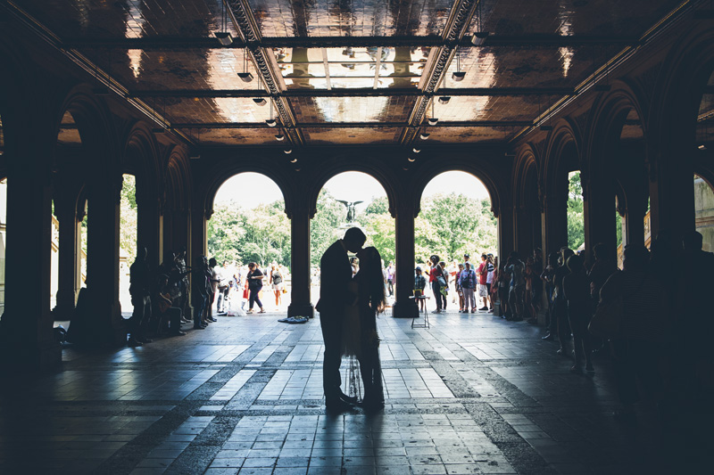 NEW-YORK-CITY-WEDDING-PHOTOGRAPHER-NY-CITYHALL-ELOPEMENT-ENGAGEMENT-PHOTOGRAPHY-CENTRAL-PARK-WEDDING-BETHSEDA-FOUNTAIN-040.jpg