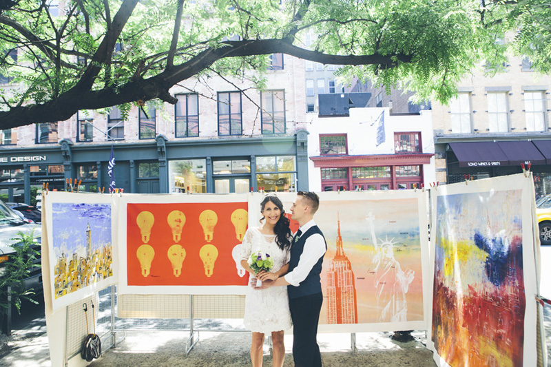 NEW-YORK-CITY-WEDDING-PHOTOGRAPHER-NY-CITYHALL-ELOPEMENT-ENGAGEMENT-PHOTOGRAPHY-INTIMATE-WEDDING-BROOKLYN-SOHO-GRAFFITI-URBAN-WEDDING-STYLE-013.jpg