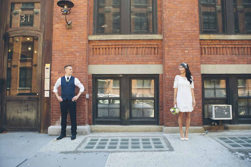 NEW-YORK-CITY-WEDDING-PHOTOGRAPHER-NY-CITYHALL-ELOPEMENT-ENGAGEMENT-PHOTOGRAPHY-INTIMATE-WEDDING-BROOKLYN-SOHO-GRAFFITI-URBAN-WEDDING-STYLE-015.jpg