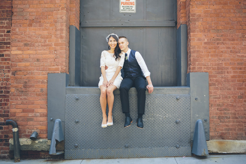NEW-YORK-CITY-WEDDING-PHOTOGRAPHER-NY-CITYHALL-ELOPEMENT-ENGAGEMENT-PHOTOGRAPHY-INTIMATE-WEDDING-BROOKLYN-SOHO-GRAFFITI-URBAN-WEDDING-STYLE-020.jpg