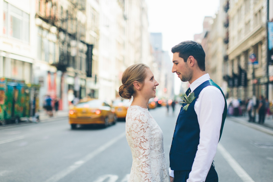 NYC-WEDDING-PHOTOGRAPHER-NY-CITYHALL-DESTINATION-ELOPEMENT-INTIMATE-WEDDING-CENTRAL-PARK-BROOKLYN-WEDDING-WILLIAMSBURG-SOHO-CHELSEA-THE-HIGH-LINE-047.jpg