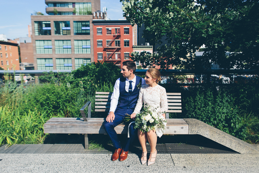 NYC-WEDDING-PHOTOGRAPHER-NY-CITYHALL-DESTINATION-ELOPEMENT-INTIMATE-WEDDING-CENTRAL-PARK-BROOKLYN-WEDDING-WILLIAMSBURG-SOHO-CHELSEA-THE-HIGH-LINE-058.jpg