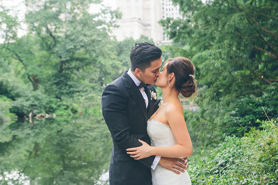NYC-WEDDING-PHOTOGRAPHER-NY-CITYHALL-INTIMATE-WEDDING-BROOKLYN-WEDDING-IL-BASTARDO-NYC-RESTURANT-WEDDING-THE-WARWICK-HOTEL-CENTRAL-PARK-032.jpg