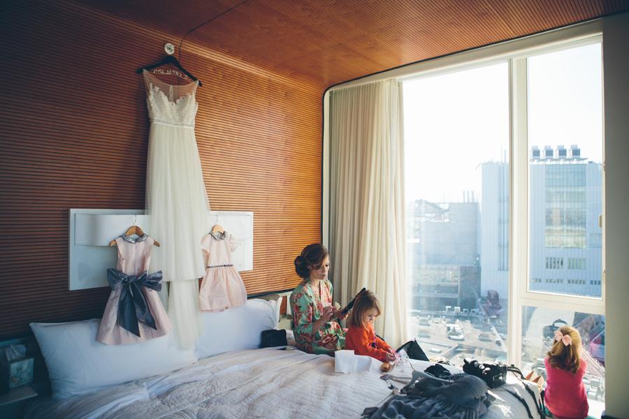NYC-WEDDING-PHOTOGRAPHER-NY-CITYHALL-DESTINATION-ELOPEMENT-INTIMATE-WEDDING-BROOKLYN-WEDDING-THE-HIGH-LINE-Locanda-VERDE-RESTAURANT-WEDDING-006.jpg