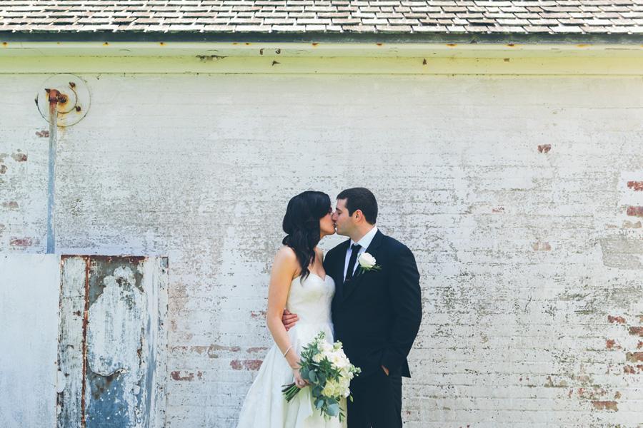 VICTORIA-BRIAN-NY-WEDDING-BRIDEGROOM-CYNTHIACHUNG-0005.jpg