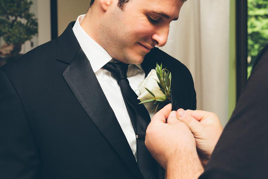 VICTORIA-BRIAN-NY-WEDDING-GROOMPREP-CYNTHIACHUNG-0055.jpg