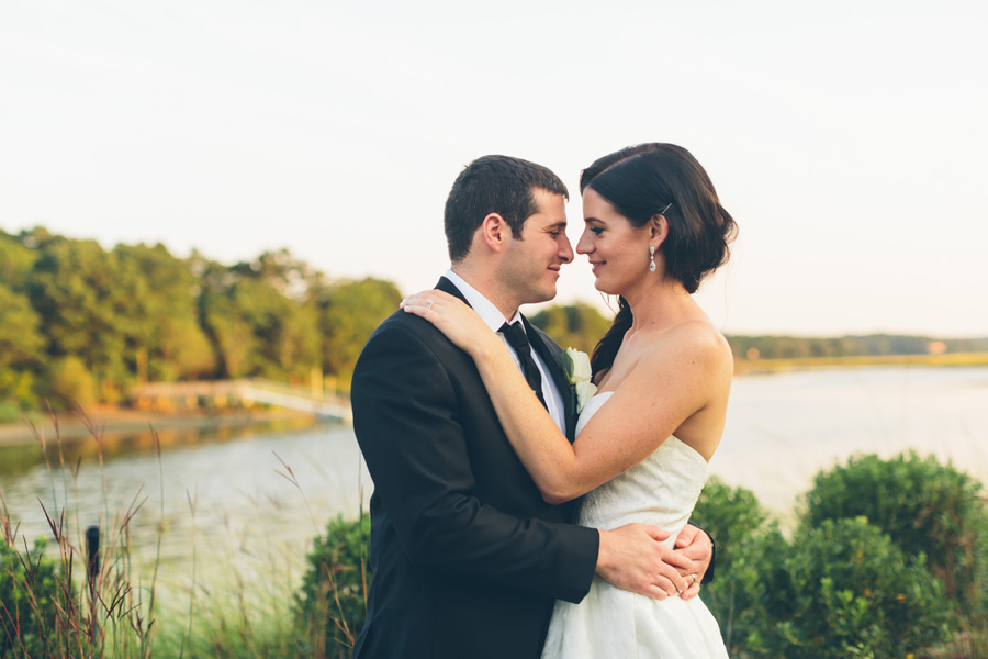 VICTORIA-BRIAN-NY-WEDDING-BRIDEGROOM-CYNTHIACHUNG-0229.jpg