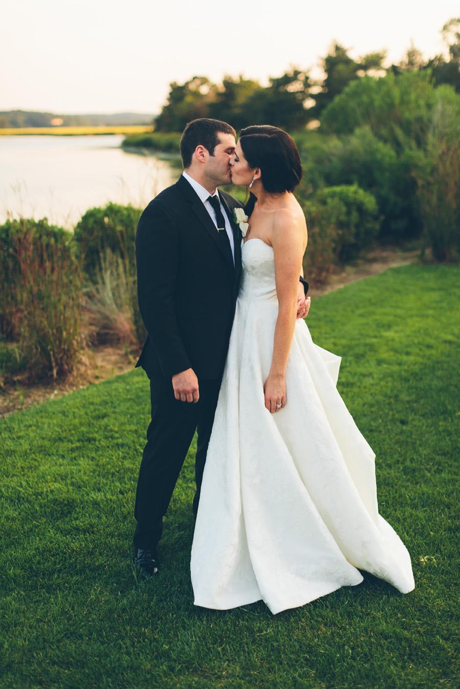 VICTORIA-BRIAN-NY-WEDDING-BRIDEGROOM-CYNTHIACHUNG-0259.jpg