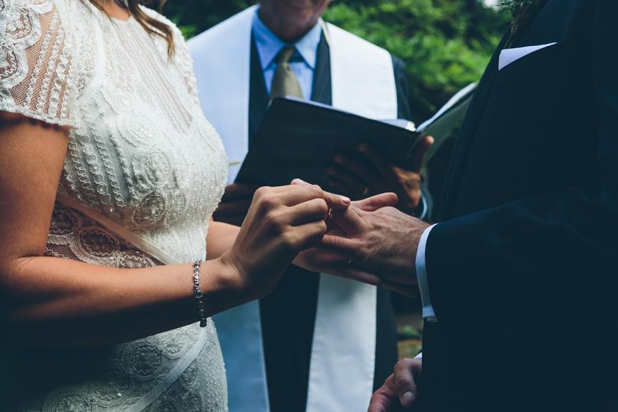 ROSE-BENNETT-NYC-WEDDING-BROOKLYN-CEREMONY-CYNTHIACHUNG-0263.jpg