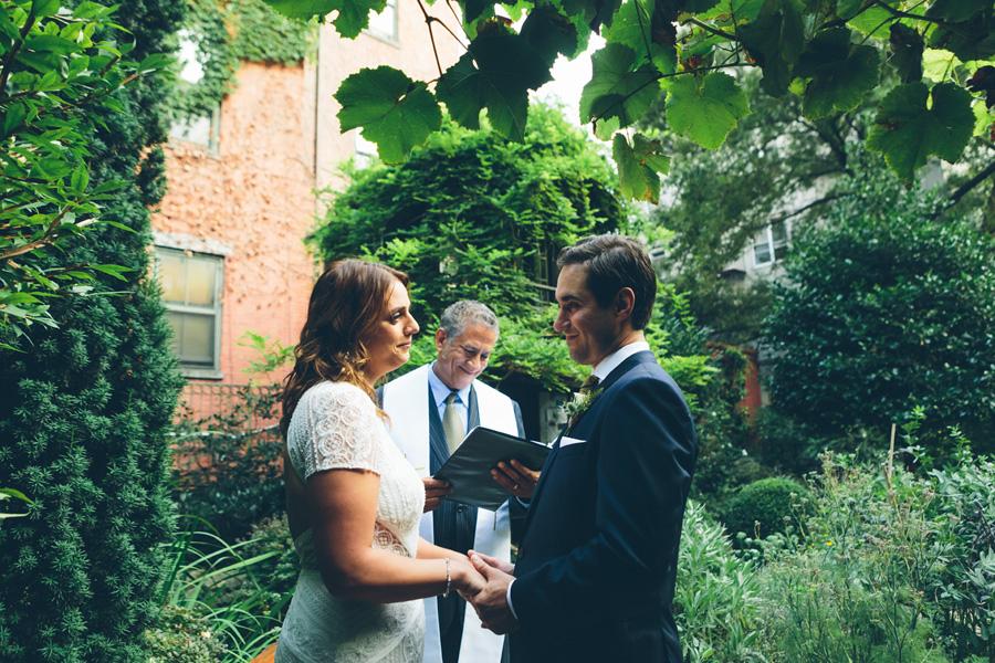 ROSE-BENNETT-NYC-WEDDING-BROOKLYN-CEREMONY-CYNTHIACHUNG-0270.jpg