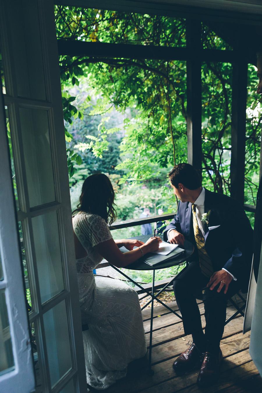 ROSE-BENNETT-NYC-WEDDING-BROOKLYN-BRIDEGROOM-CYNTHIACHUNG-0006.jpg