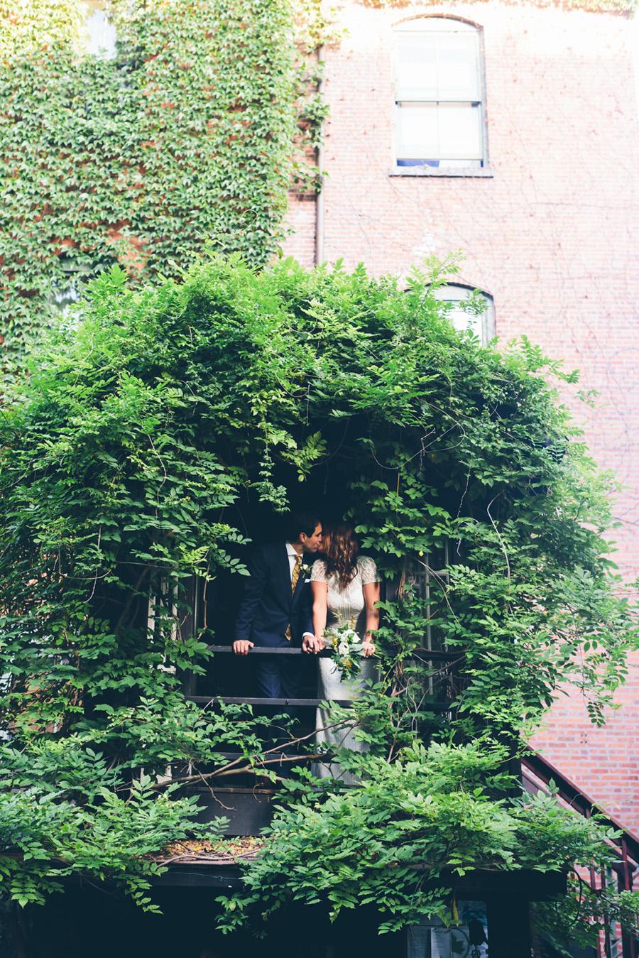 ROSE-BENNETT-NYC-WEDDING-BROOKLYN-BRIDEGROOM-CYNTHIACHUNG-0037.jpg