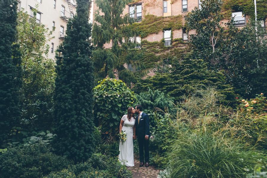 ROSE-BENNETT-NYC-WEDDING-BROOKLYN-BRIDEGROOM-CYNTHIACHUNG-0188.jpg