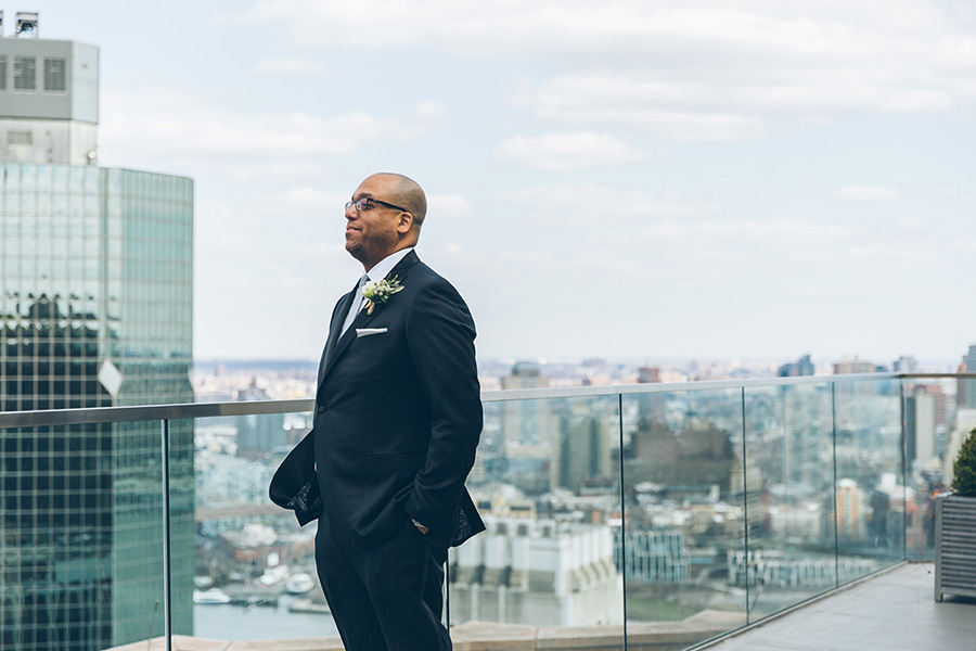 CHARISSE-AARON-NYC-WEDDING-CYNTHIACHUNG-FIRSTLOOK-0002.jpg