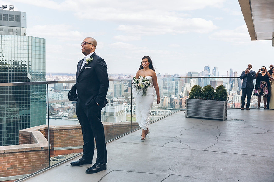 CHARISSE-AARON-NYC-WEDDING-CYNTHIACHUNG-FIRSTLOOK-0007.jpg