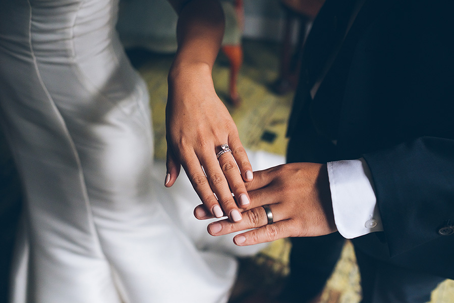 LIN-JOEY-NYC-WEDDING-METROPOLITANBUILDING-CEREMONY-CYNTHIACHUNG-0259.jpg