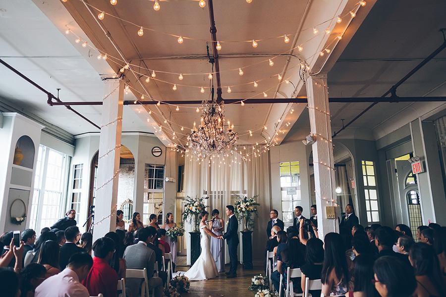LIN-JOEY-NYC-WEDDING-METROPOLITANBUILDING-CEREMONY-CYNTHIACHUNG-0126.jpg