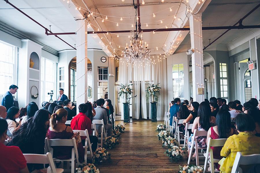 LIN-JOEY-NYC-WEDDING-METROPOLITANBUILDING-CEREMONY-CYNTHIACHUNG-0063.jpg