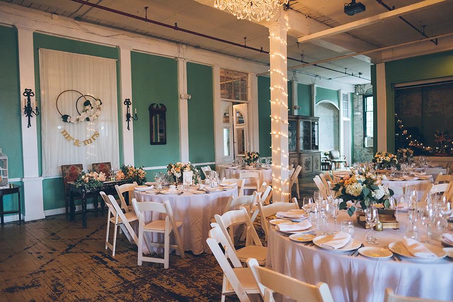 LIN-JOEY-NYC-WEDDING-METROPOLITANBUILDING-DETAILS-CYNTHIACHUNG-0132.jpg