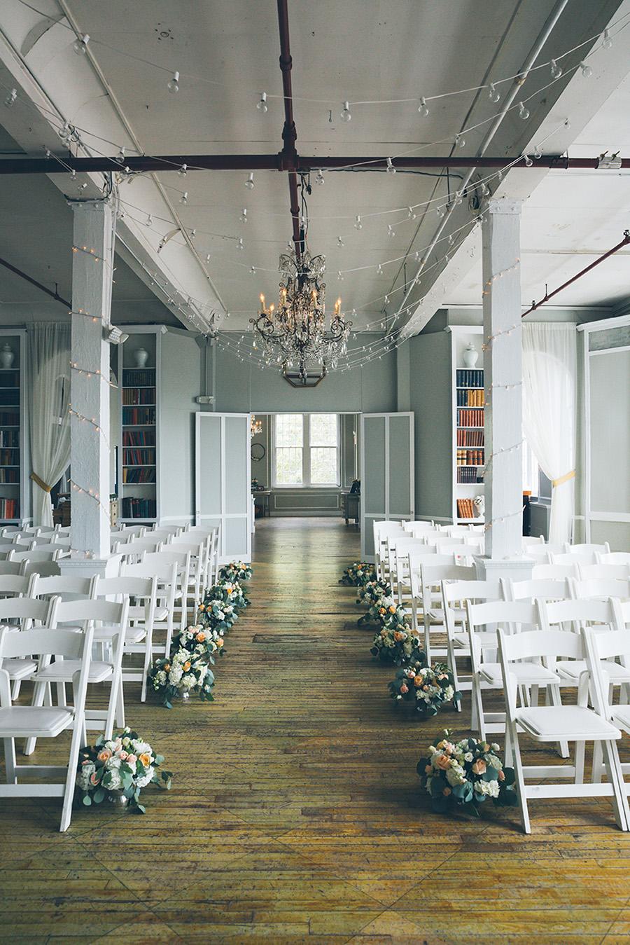 LIN-JOEY-NYC-WEDDING-METROPOLITANBUILDING-DETAILS-CYNTHIACHUNG-0105.jpg