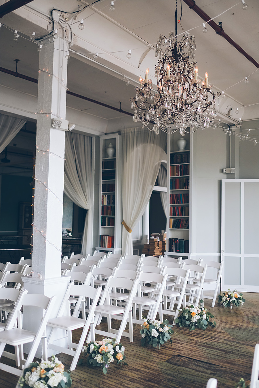 LIN-JOEY-NYC-WEDDING-METROPOLITANBUILDING-DETAILS-CYNTHIACHUNG-0100.jpg