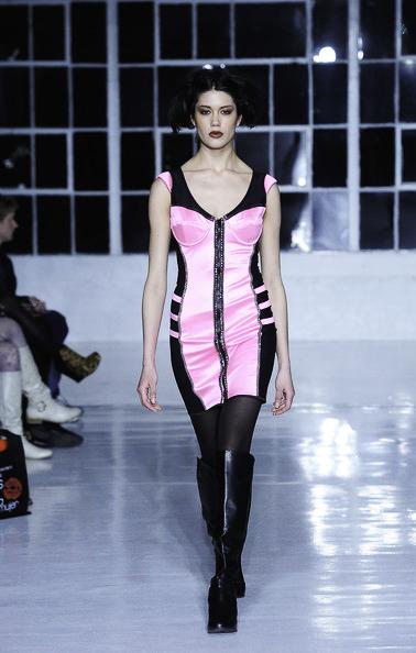 Carmelita+Couture+Runway+Fall+2012+Mercedes+HrQurQi5rD2l.jpeg