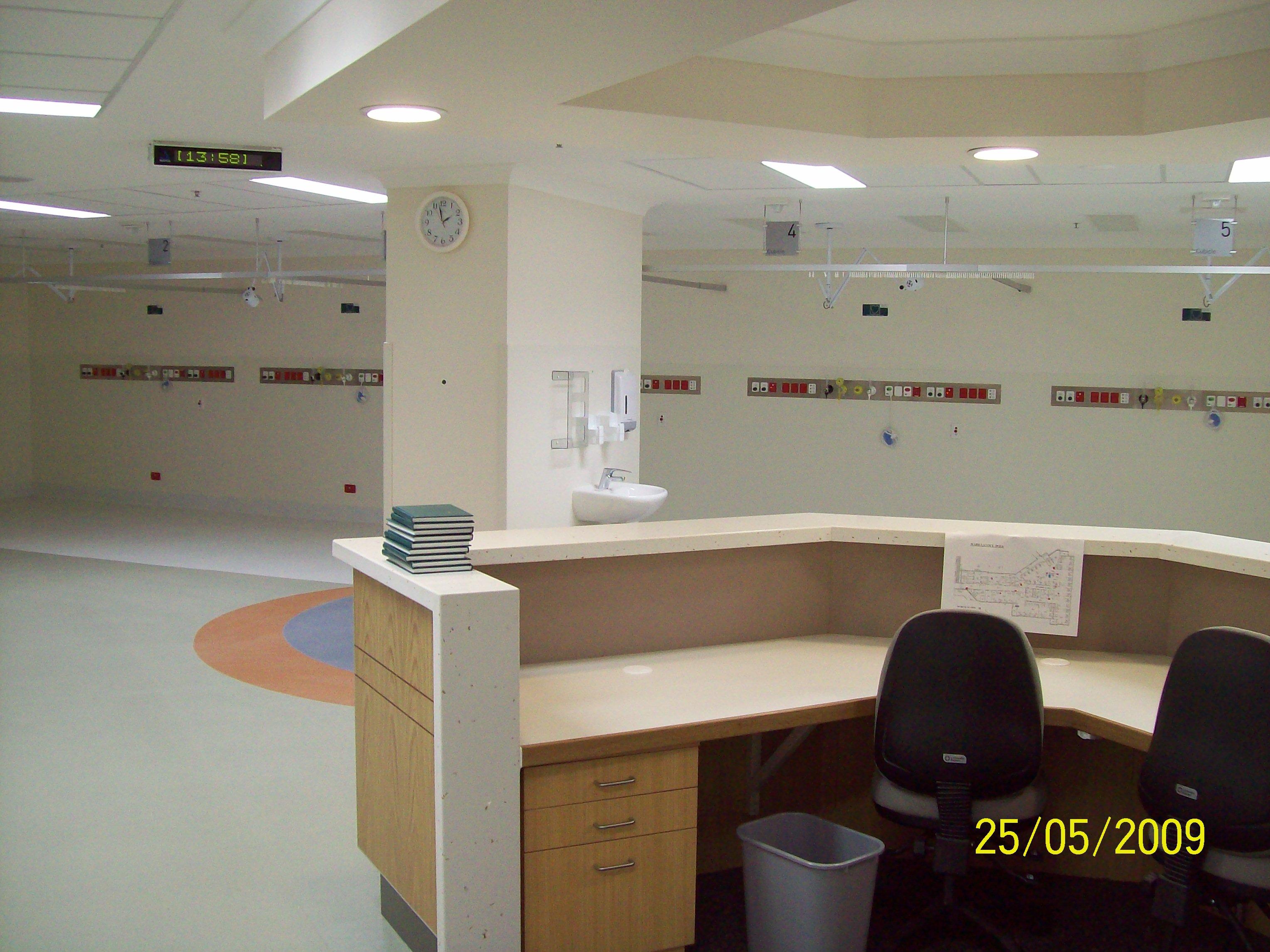 East Wing L3 Cardiac Bays.JPG