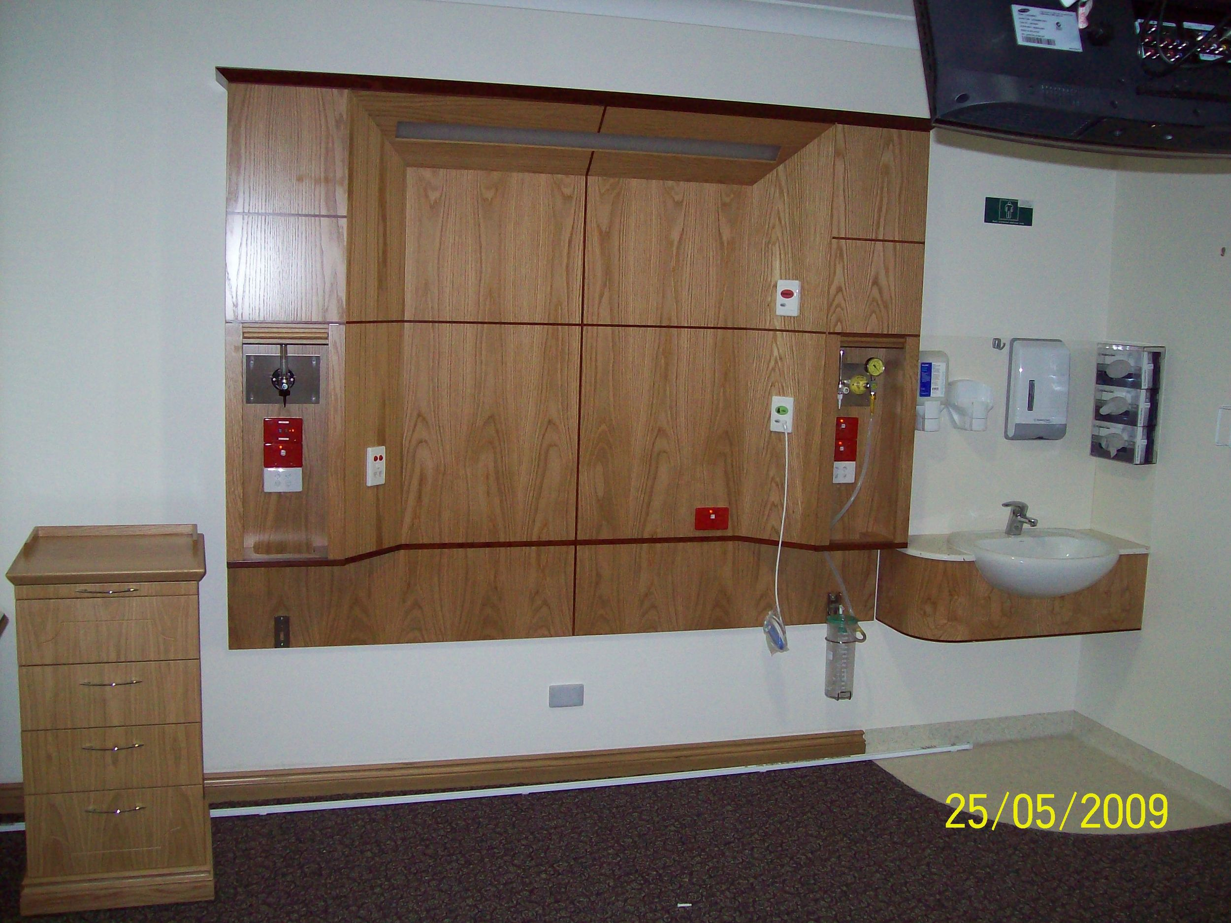 East Wing Typical 1 bed ward bedhead.JPG