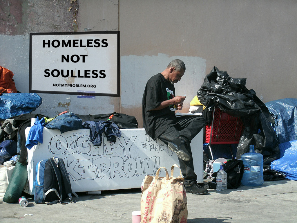 LOOK. - HOMELESS IS A COMMUNITY
