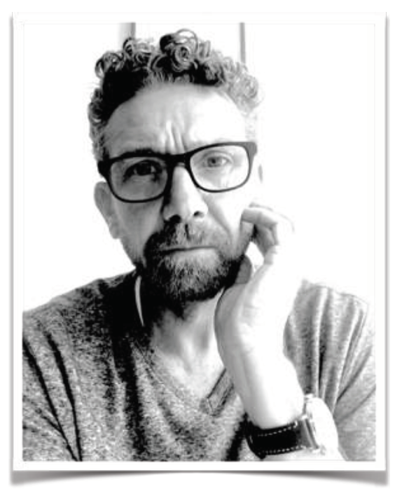 URS BAUR  FOUNDER / CREATIVE DIRECTOR / CONTENT CREATOR DESIGNER / COMPULSIVE CREATIVE WITH LIMITED ATTENTION SPAN