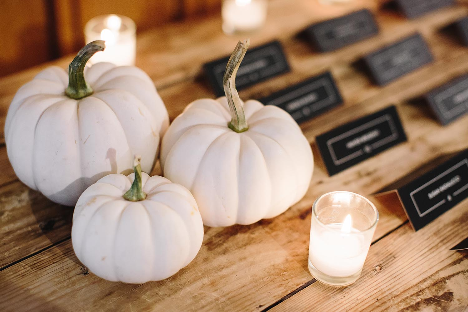 chic fall wedding decor
