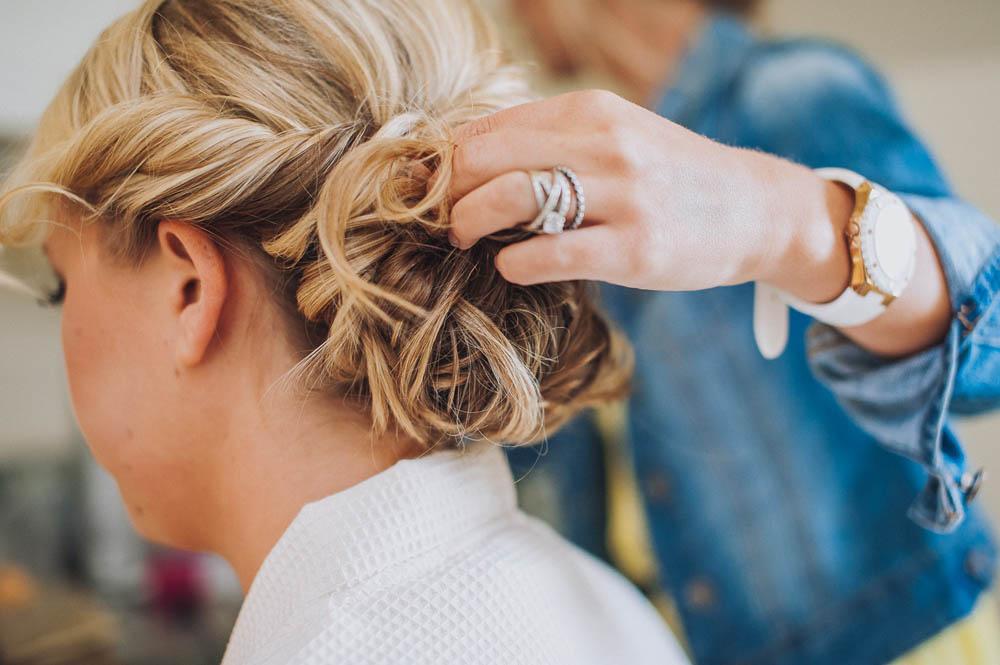chic low chignon bride hair