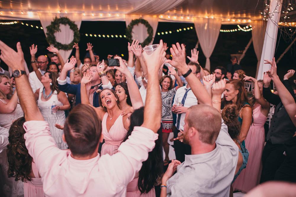 weddings that are actually fun