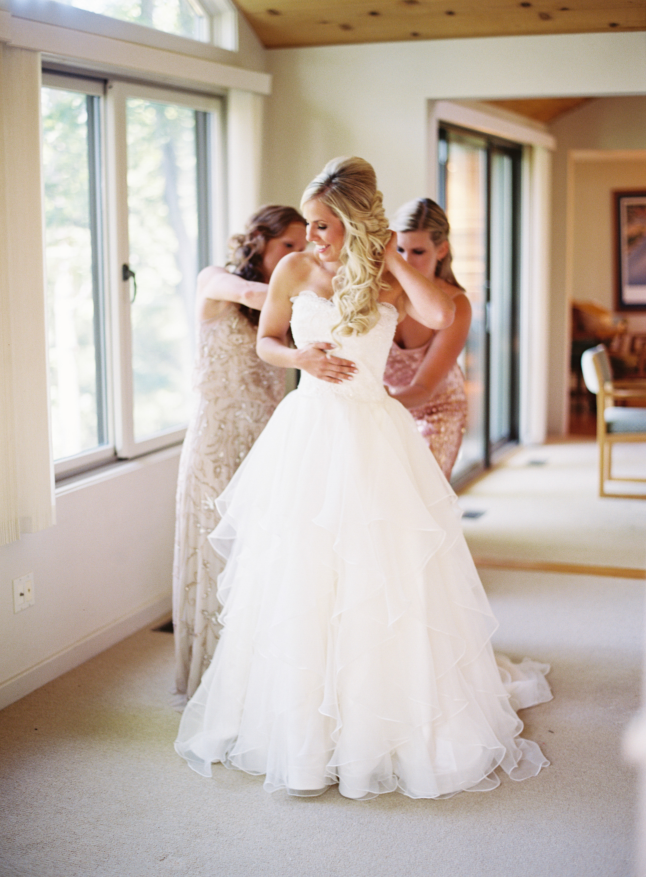 mountain flowers lodge wedding