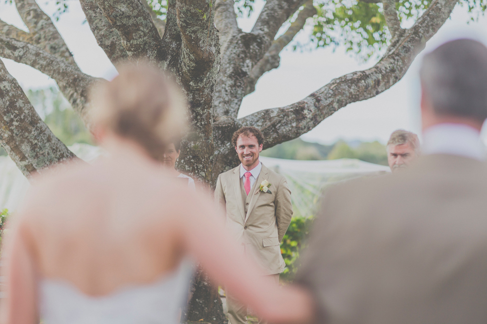 Nelson wedding at Neudorf Vineyards. Wedding photography by Jenny Siaosi.