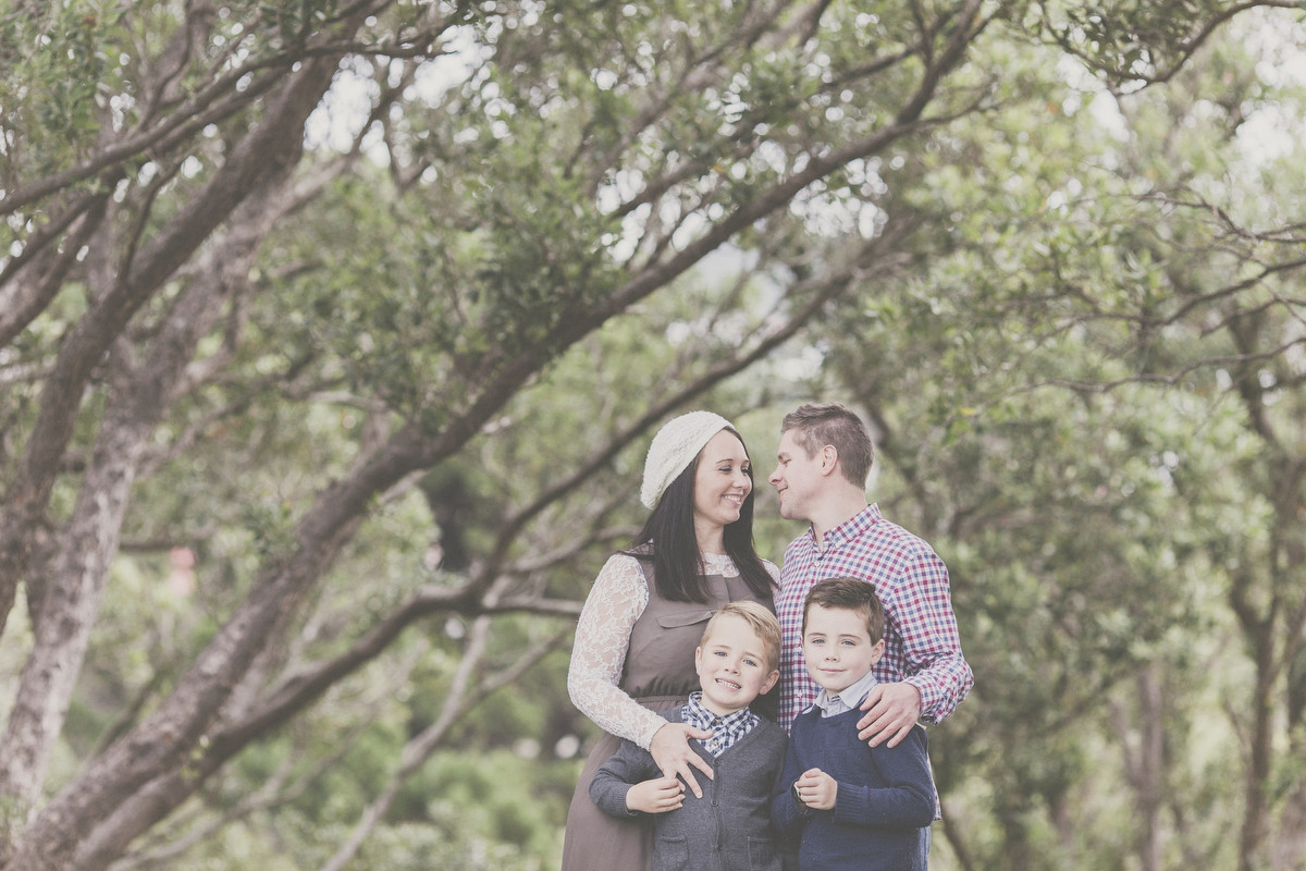 Family lifestyle photography in and around the Wellington Coast. Images by Siaosi Photography.