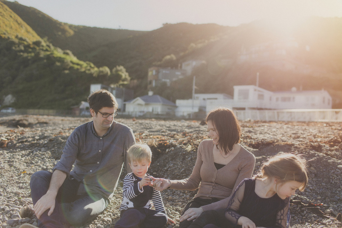 natural-family-photo-wgtn-south-coast099.JPG
