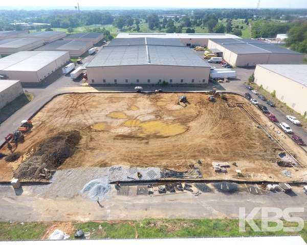 Construction has started on an 80,000 square foot medical cannabis facility we've designed for @gleafmd near Manchester. Drone shots courtesy of @kbsgc.inc ⁣ ⁣⁣ ⁣#walterparksarchitects ⁣ ⁣#rva