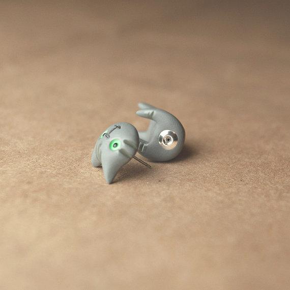 cat earrings.jpg
