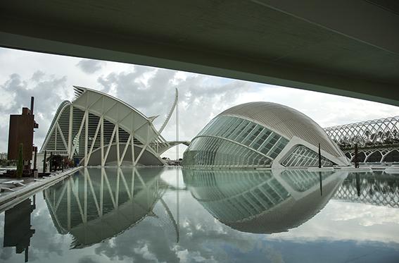 Museo de las Ciencias and the Hemisferic