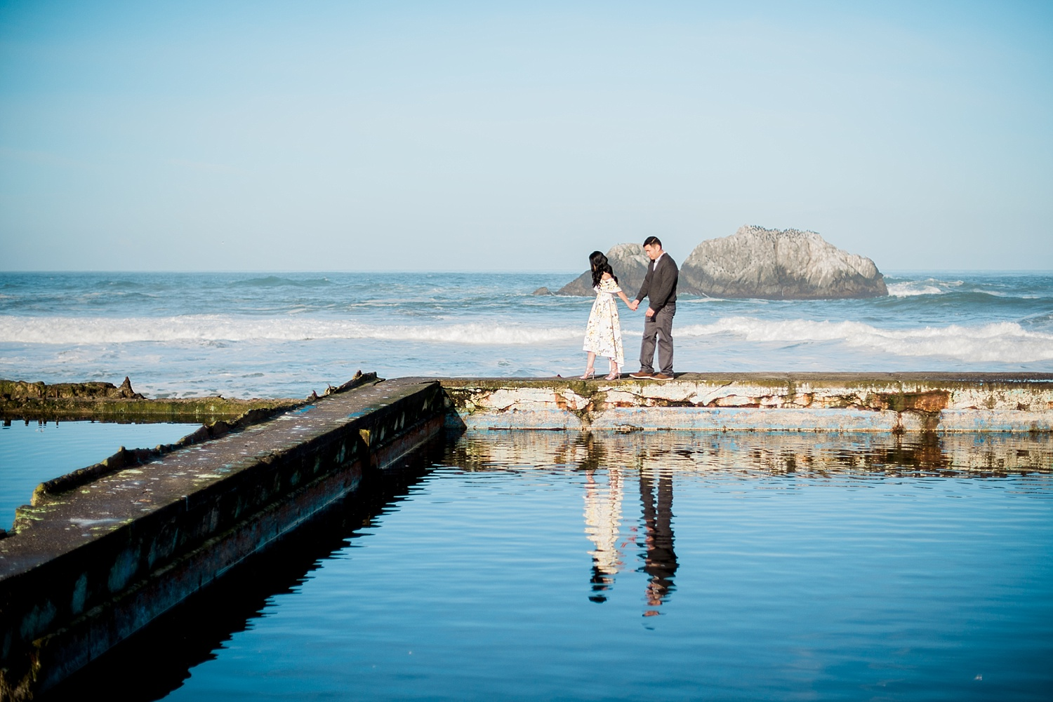 jennifer-jayn-photography-san-francisco-sutro-baths-engagement-session_0011.jpg