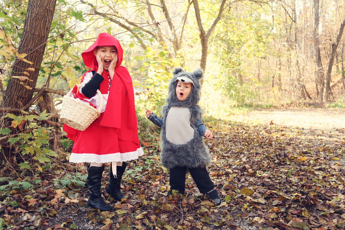 October rolls around and we were lucky enough to get her outside and create this fun little shoot with her brother Landon for Halloween.