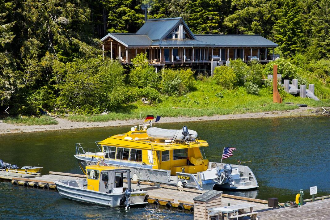 PICTURED ABOVE:   Hidden Bay Retreat is perched upon nearly a kilometer of low bank waterfront and offers immediate access to pleasure craft and world-class fishing.