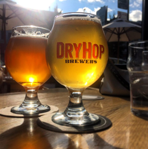 Sun 'n suds at DryHop – Photo:The Hop Review