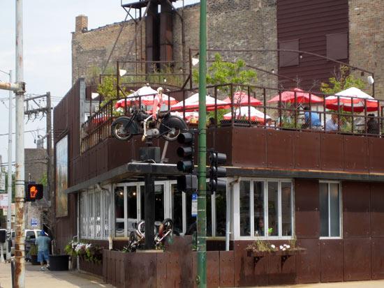 Metal, burgers & beer at TW – Photo: yelp.com