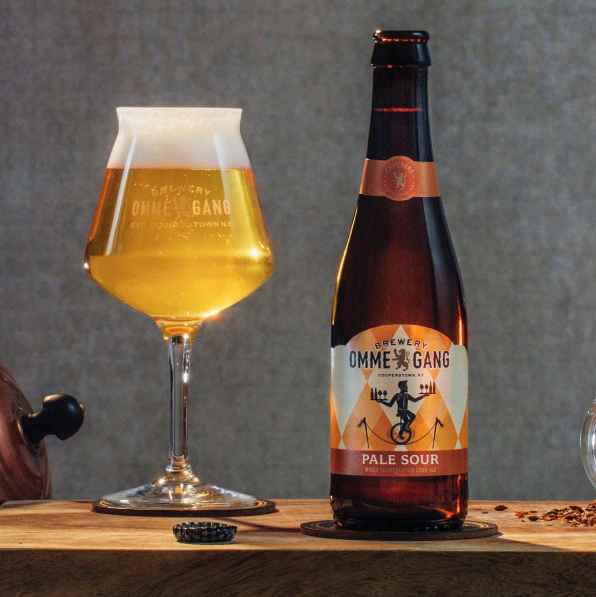 TheHopReview-Ommegang-NewPackaging-0pale1.png