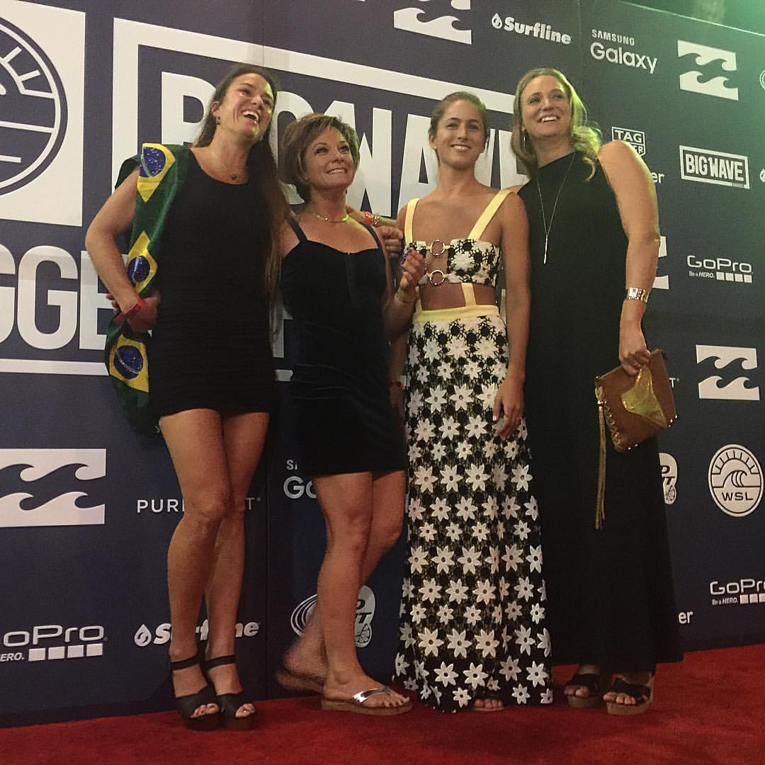Big Wave Awards Women Surf 2016