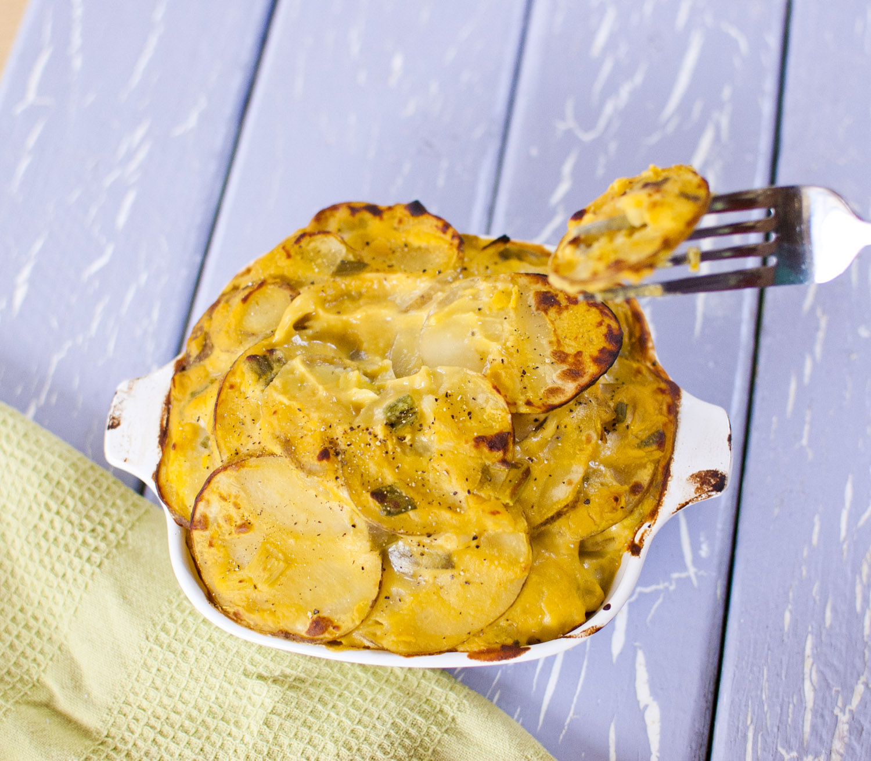 Vegan Cheesy Scalloped Potatoes from Fo' Reals Life