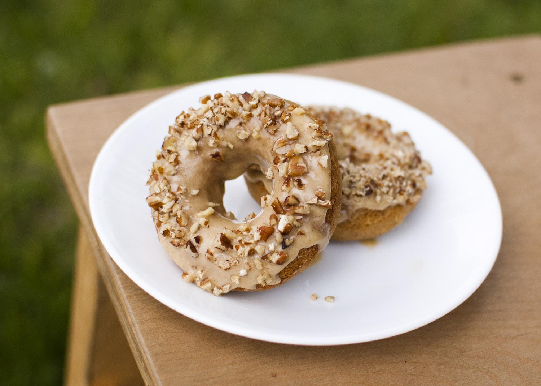 Pumpkin Spice Doughnuts with Pumpkin Pecan Glaze from Fo Reals Life