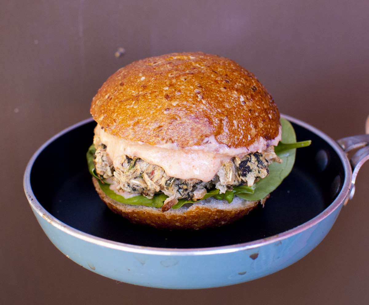 White Bean Spinach Sliders with Vegan Roasted Red Pepper Mayo